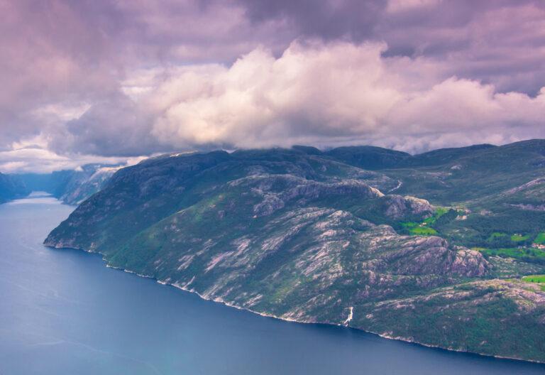 Fjell og fjord